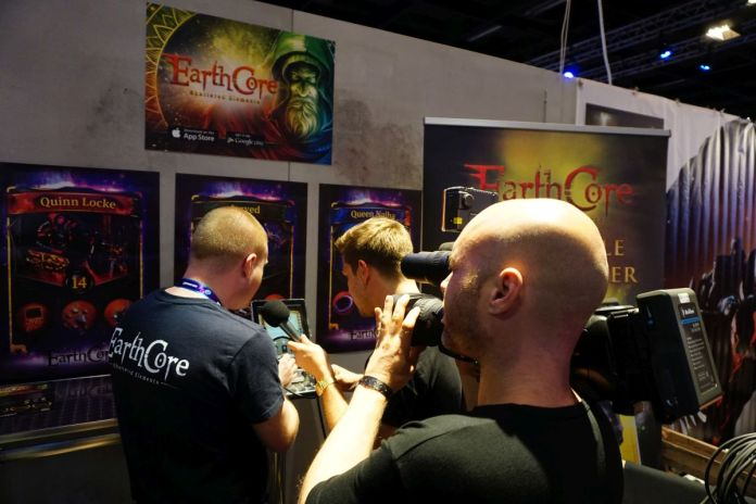 gamescom-earthcore